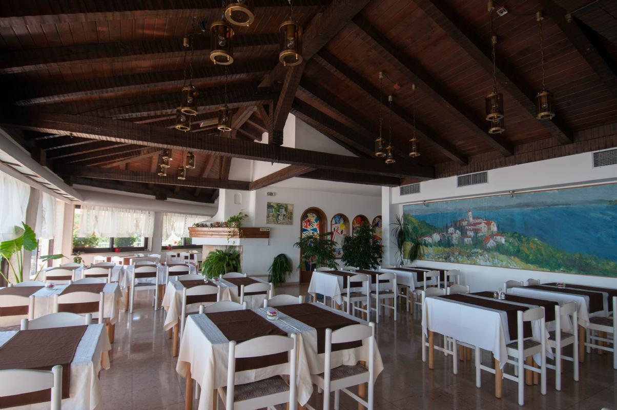 Restaurant & caffe bar Perun