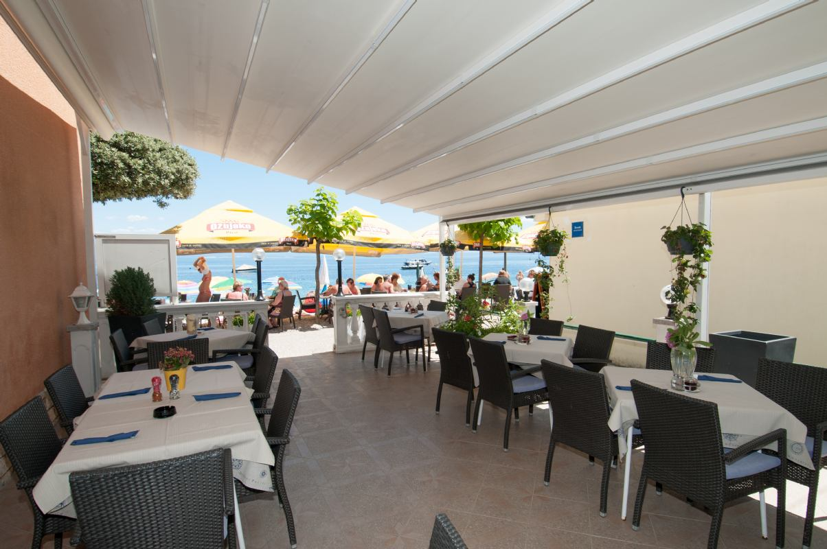 Restaurant Dora