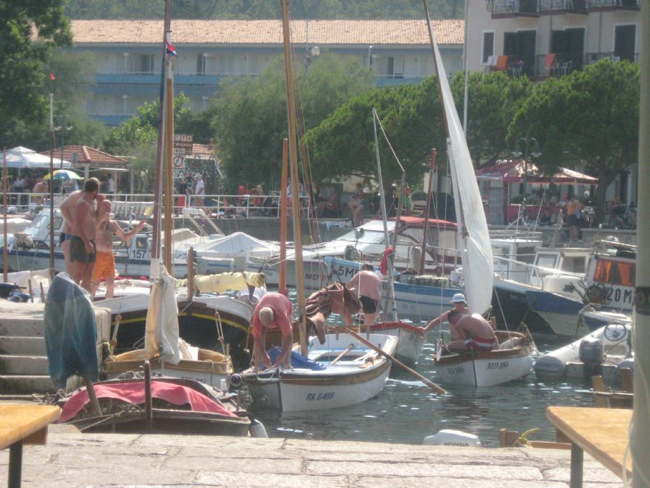 Smotra tradicijskih barki na jedra